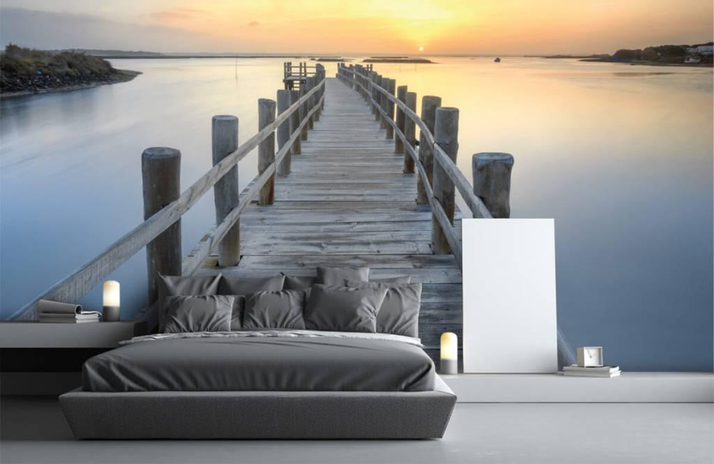 Lacs et eaux - Ponton au coucher du soleil - Salle de séjour 3