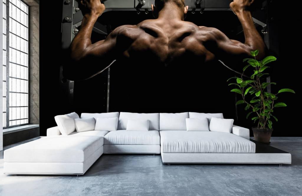 Fitness - Homme au dos musclé - Garage 6