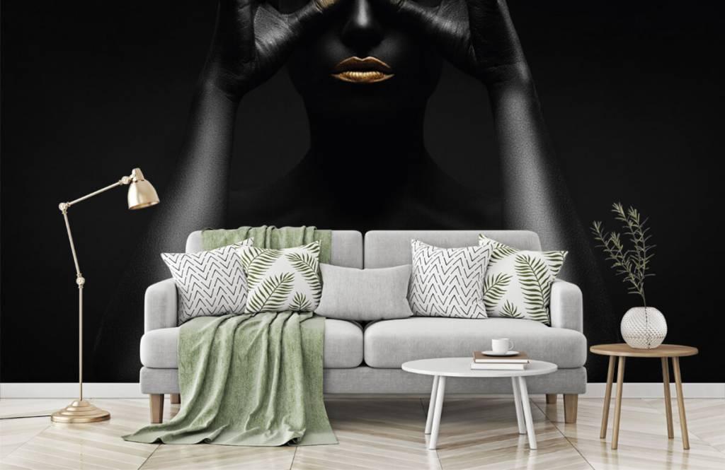 Portets and faces - Femme peinte en noir - Salle de séjour 6