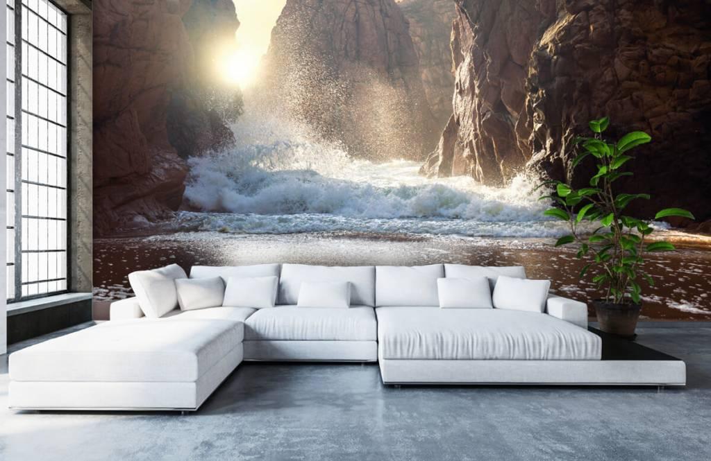 Mers et océans - Les vagues contre les rochers - Département des ventes 6