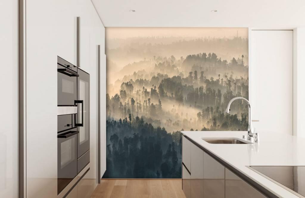 Papier peint Paysage - Montagnes brumeuses en Indonésie - Chambre à coucher 3