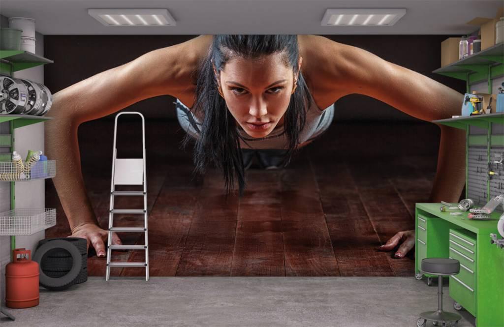 Fitness - Femme faisant des pompes - Chambre d'hobby 3