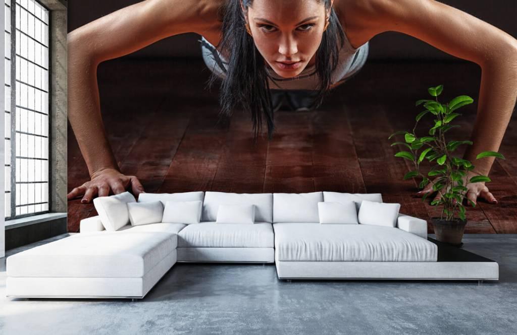 Fitness - Femme faisant des pompes - Chambre d'hobby 6