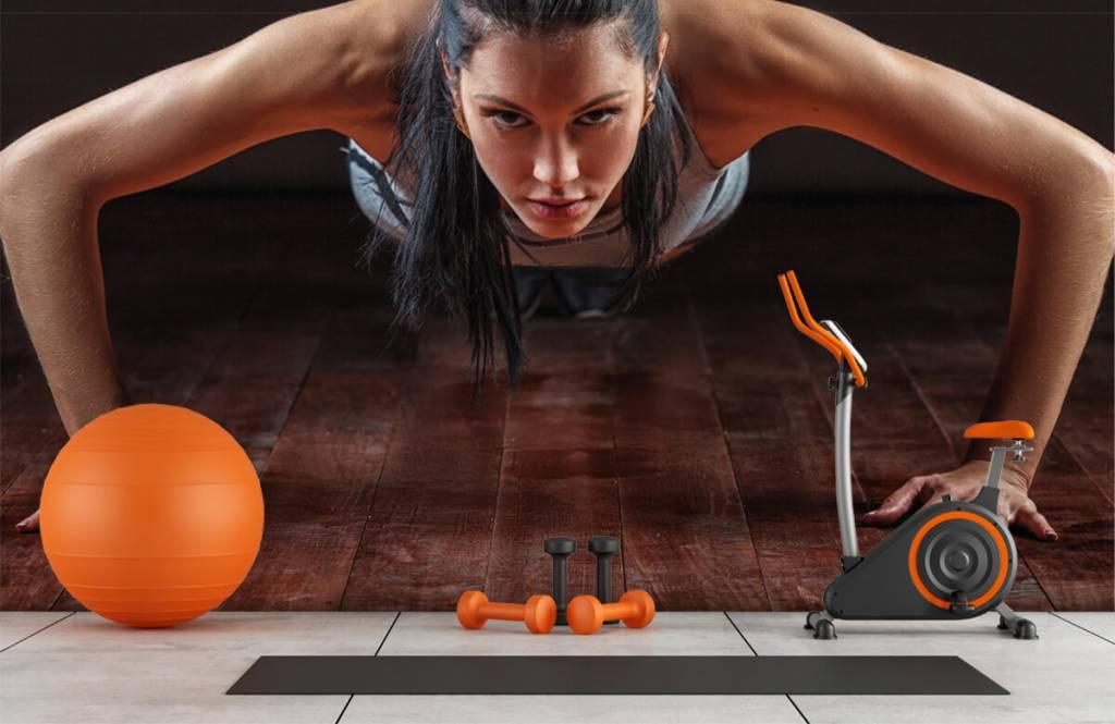 Fitness - Femme faisant des pompes - Chambre d'hobby 9