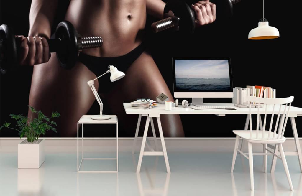 Sport et Fitness - Femme musclée - Garage 2